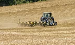 Traktörde motor değişimleri çiftçi için ne ifade ediyor? Bu değişimle ne amaçlanıyor?